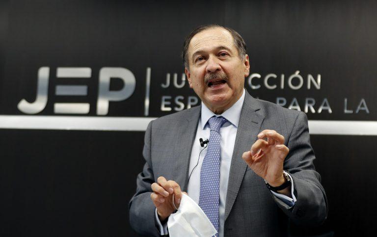 """""""Fueron delitos de lesa humanidad"""", presidente de la JEP sobre secuestros"""