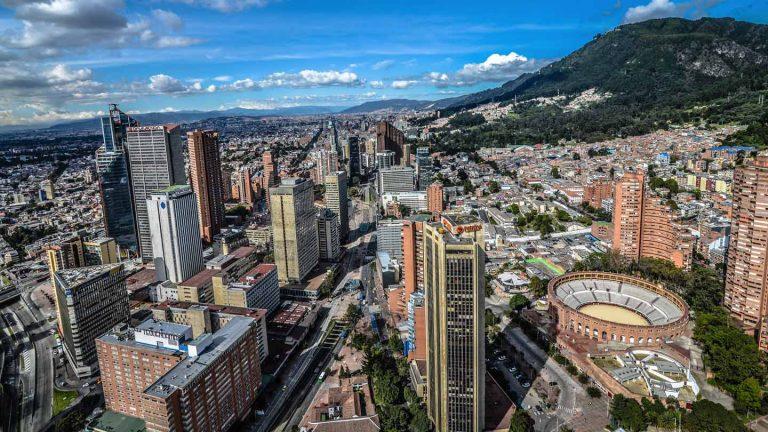 Bogotá inició reactivación económica con ocupación UCI del 98 %