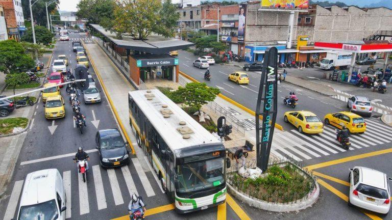 Inician las operaciones del Metroplús de La Oriental, con el reto de reorganizar rutas de buses