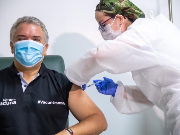 Colombia es el tercer país de Latinoamérica que mejor ha manejado la pandemia, según encuesta