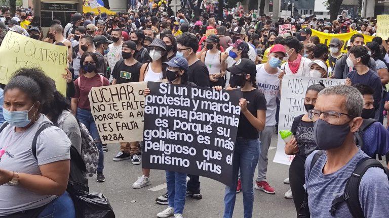 Técnicas de combate en las protestas sociales