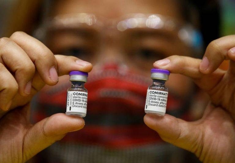China aprobará la vacuna de Pfizer para reforzar sus propios biológicos