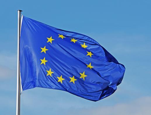 ¿El nuevo pasaporte de vacunación en la Unión Europea traerá problemas a los viajeros de América Latina?