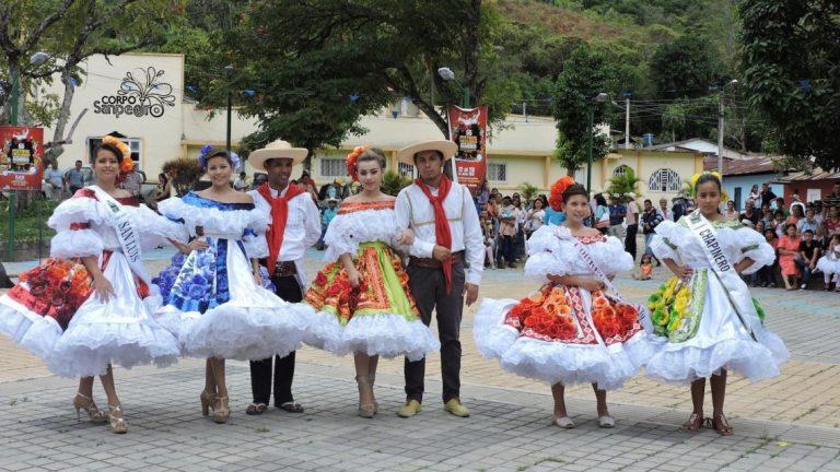 MinSalud insta a no realizar fiestas tradicionales en municipios con 85% de ocupación UCI