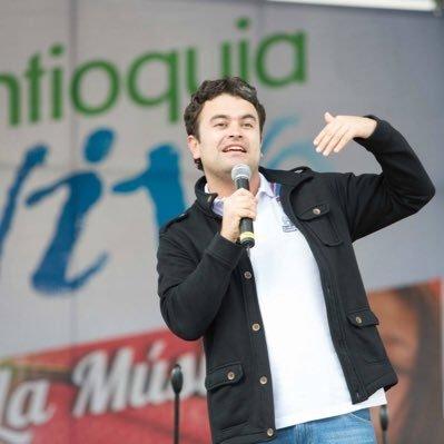 Director del Teatro Pablo Tobón Uribe