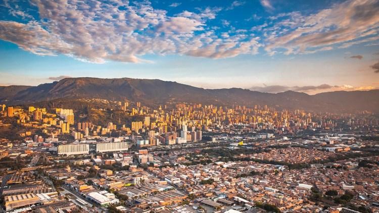 Aprobaron incentivos tributarios para reactivar la economía de Medellín