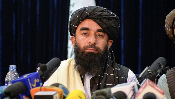 Talibanes dicen que respetarán a las mujeres trabajadoras y decretan amnistía general