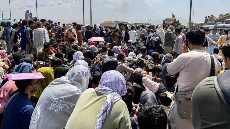 Colombia se prepara para recibir miles de afganos que buscarán llegar a EE. UU.