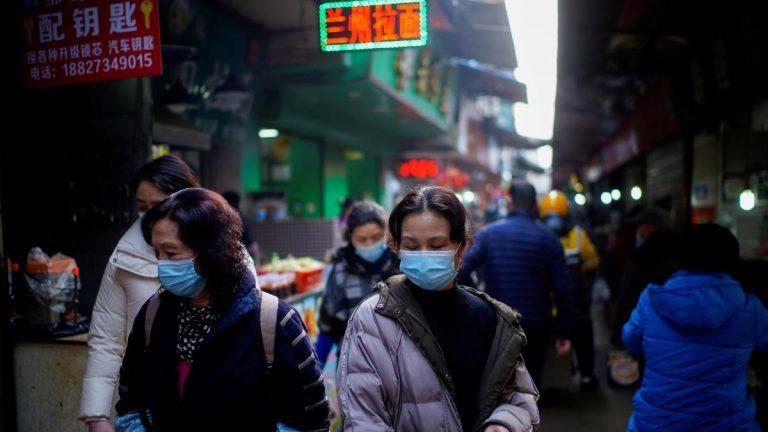 Después de 14 meses, Wuhan vuelve a registrar casos de COVID-19