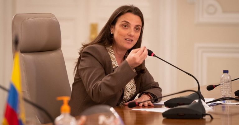 MinTic caduca contrato a Centros Poblados