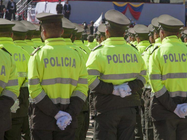 Denuncian posible detrimento de más de 800 millones en contrato de la Policía
