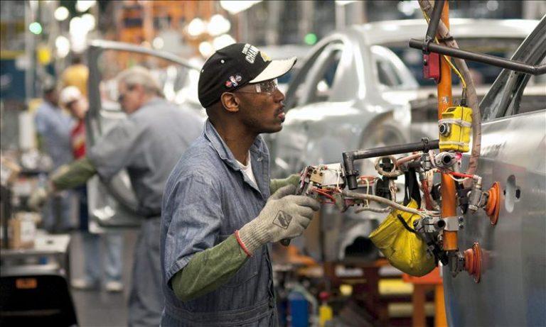 Estados Unidos y Reino Unido enfrentan escasez de trabajadores