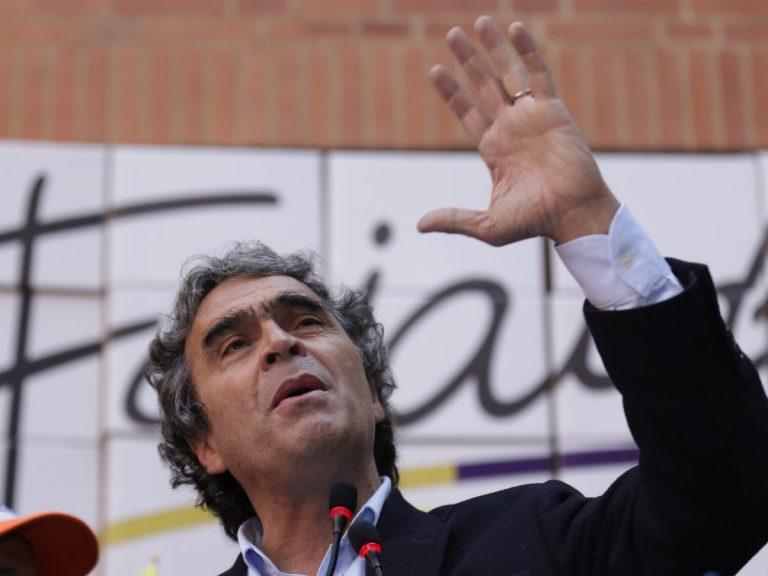 Sergio Fajardo no se retirará de la carrera presidencial