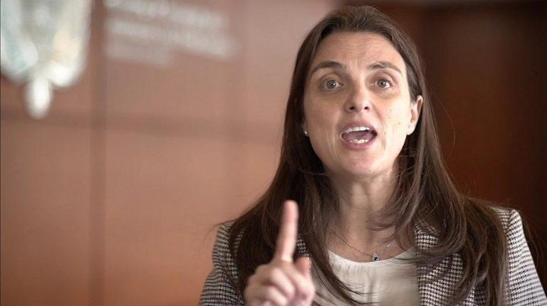 Ministra Karen Abudinen renunciaría a su cargo por petición del presidente Duque