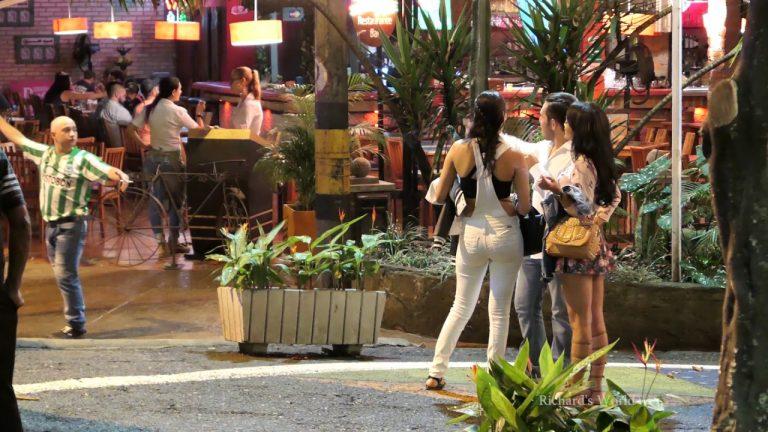 Medellín anunció toque de queda para menores de edad en el Parque Lleras