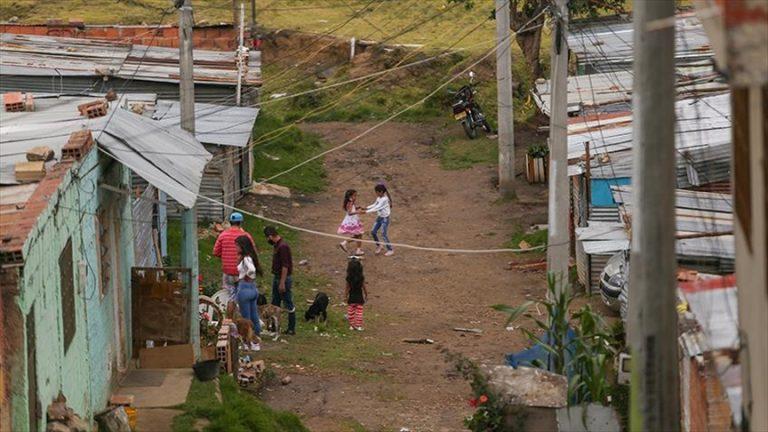 9 millones de colombianos cayeron en la pobreza multidimensional en 2020 ¿Qué significa?