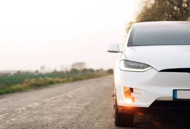 Gobierno suspendió cupos de importación para vehículos híbridos