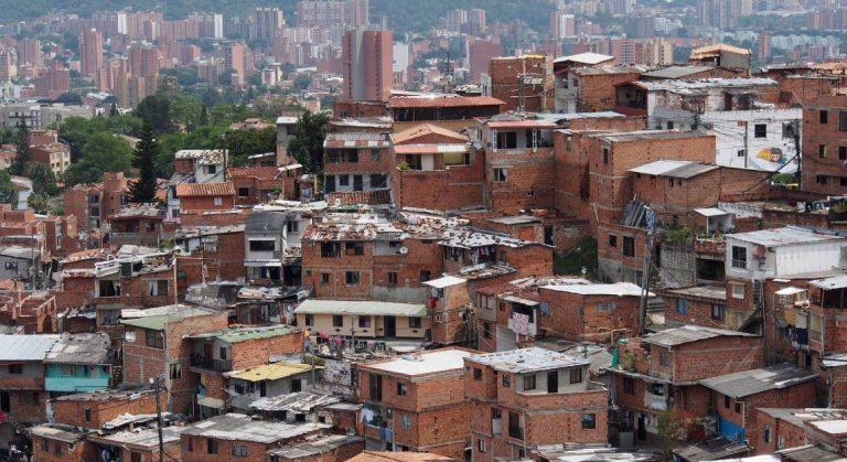 En Medellín 4.460 hogares han superado la pobreza